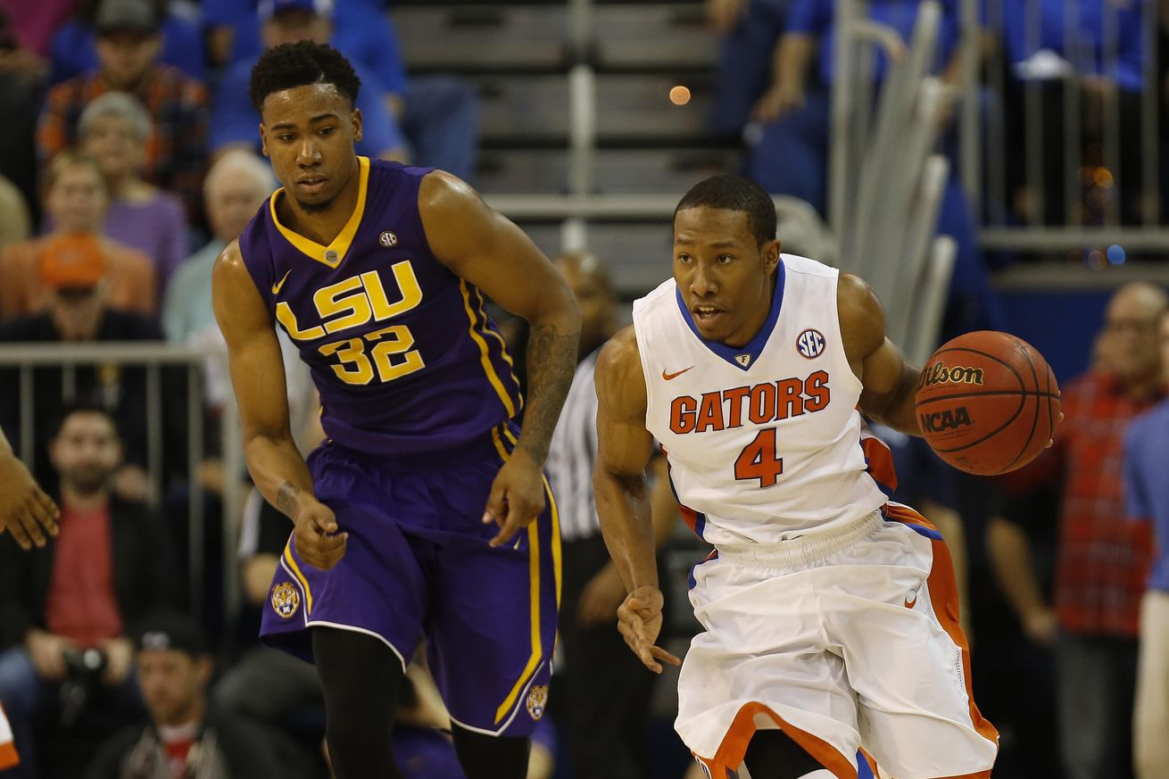 LSU falls at Florida despite stellar performance from Simmons