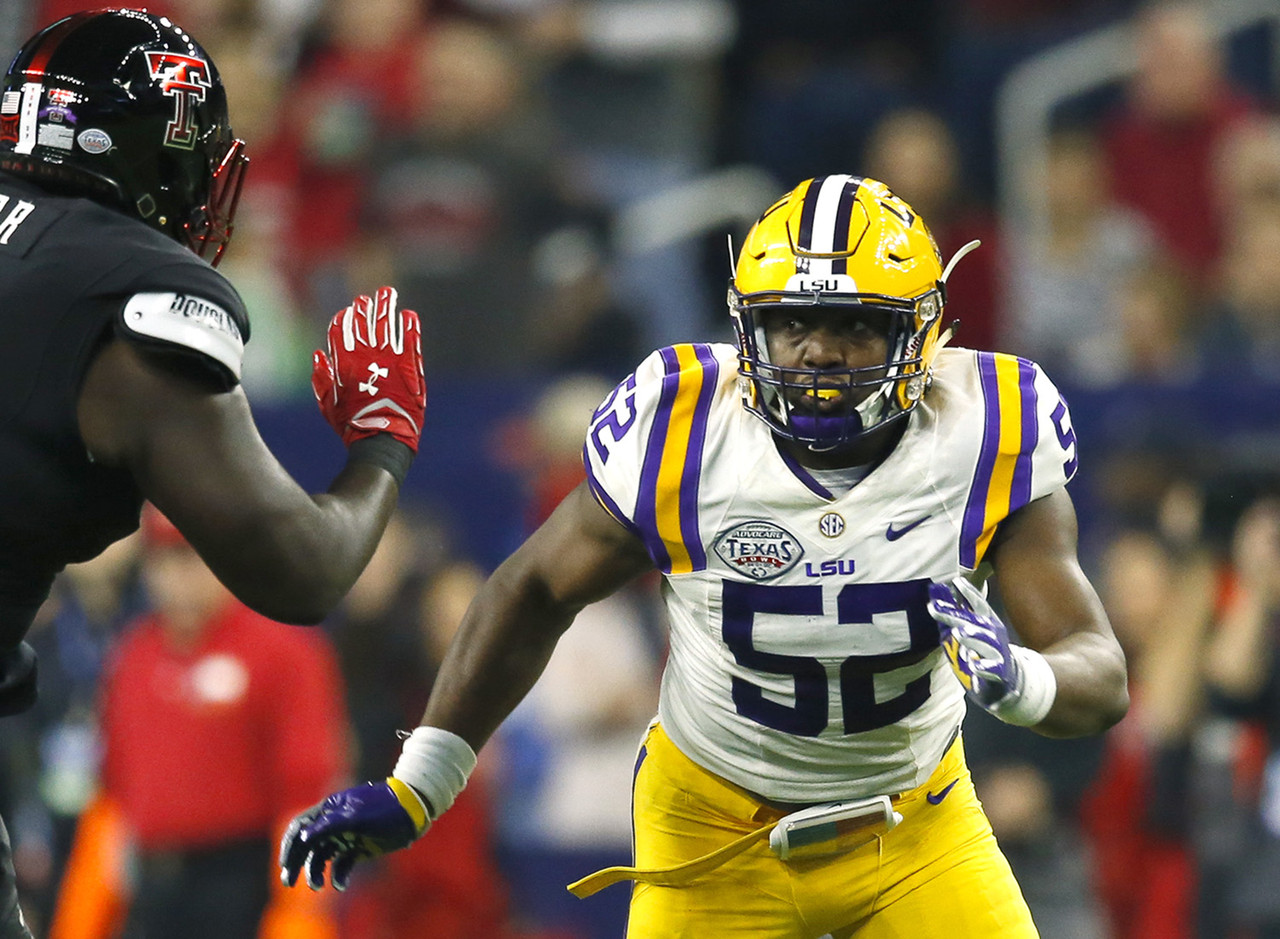The Importance of Kendell Beckwith, Linebacker Position for LSU in 2016
