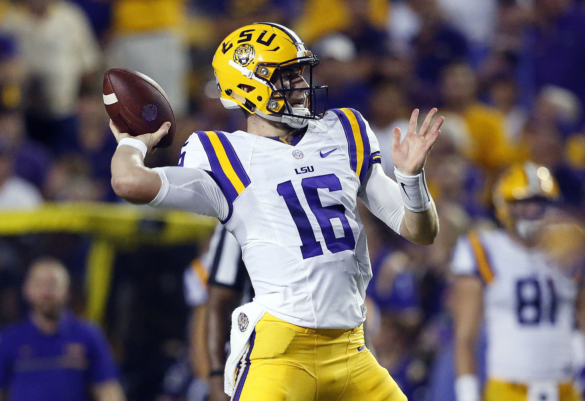 Danny Etling leads LSU to 34-13 win over Jacksonville State