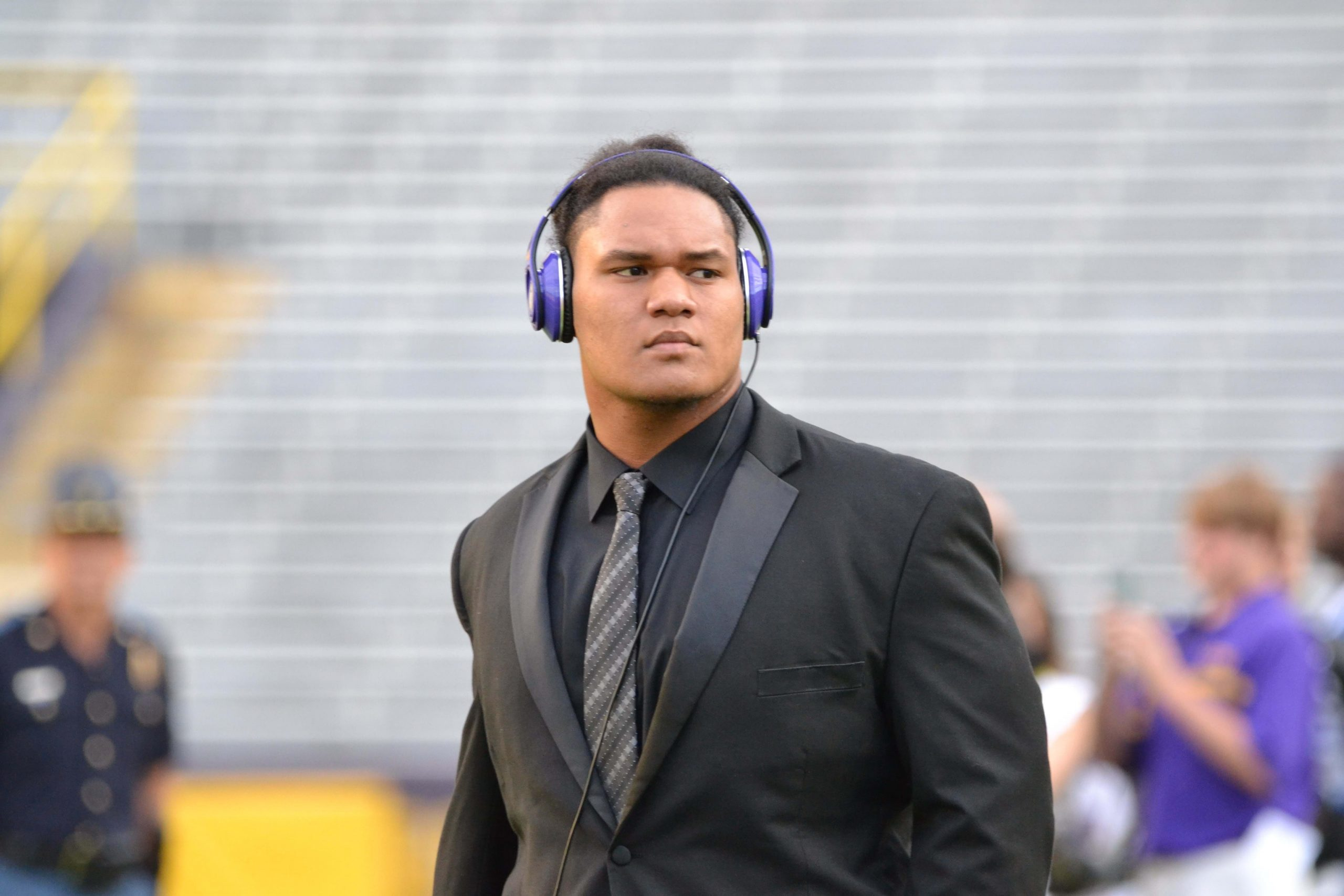 Breaking: Maea Teuhema transferring from LSU program