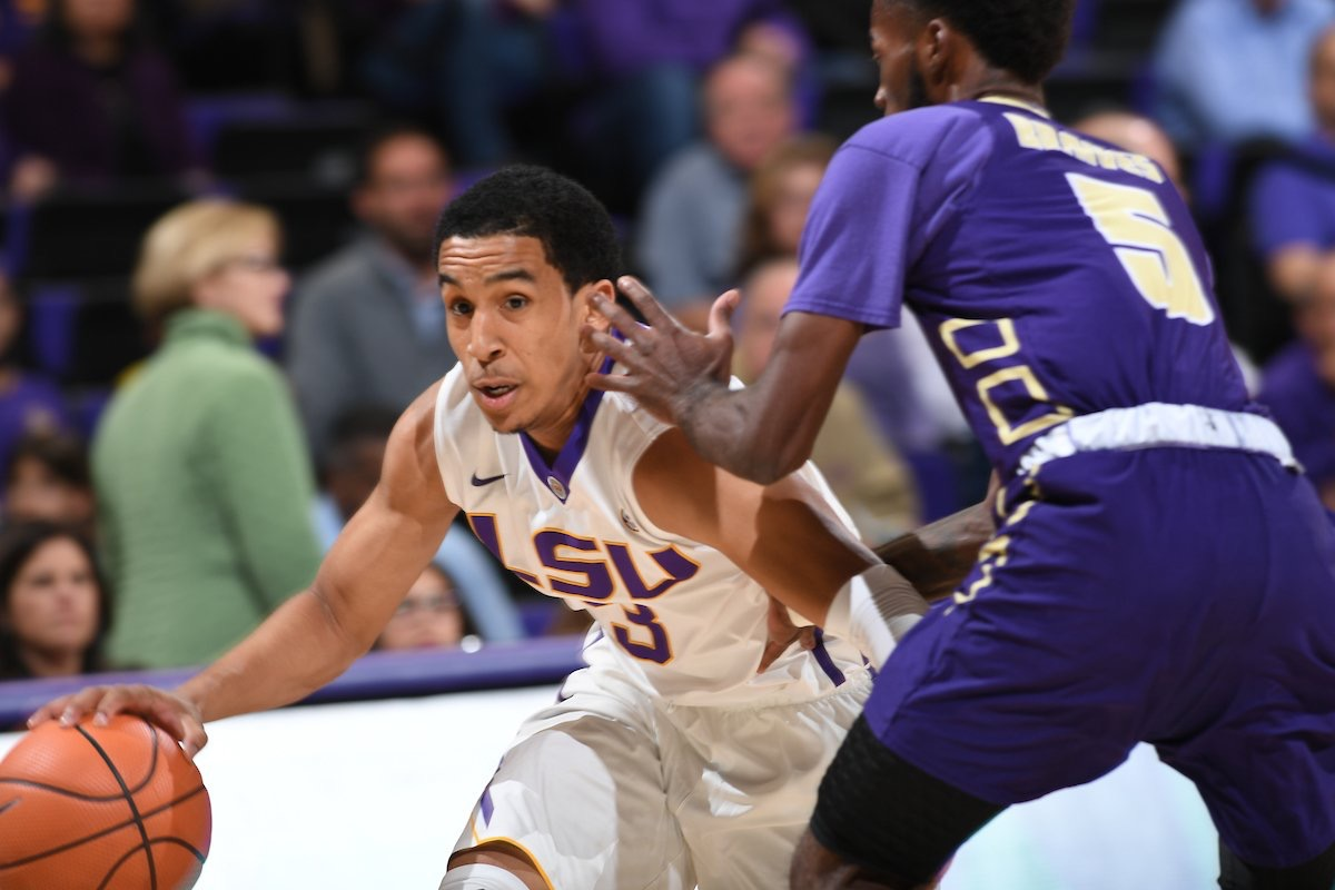 Basketball opens with 99-59 win over Alcorn State