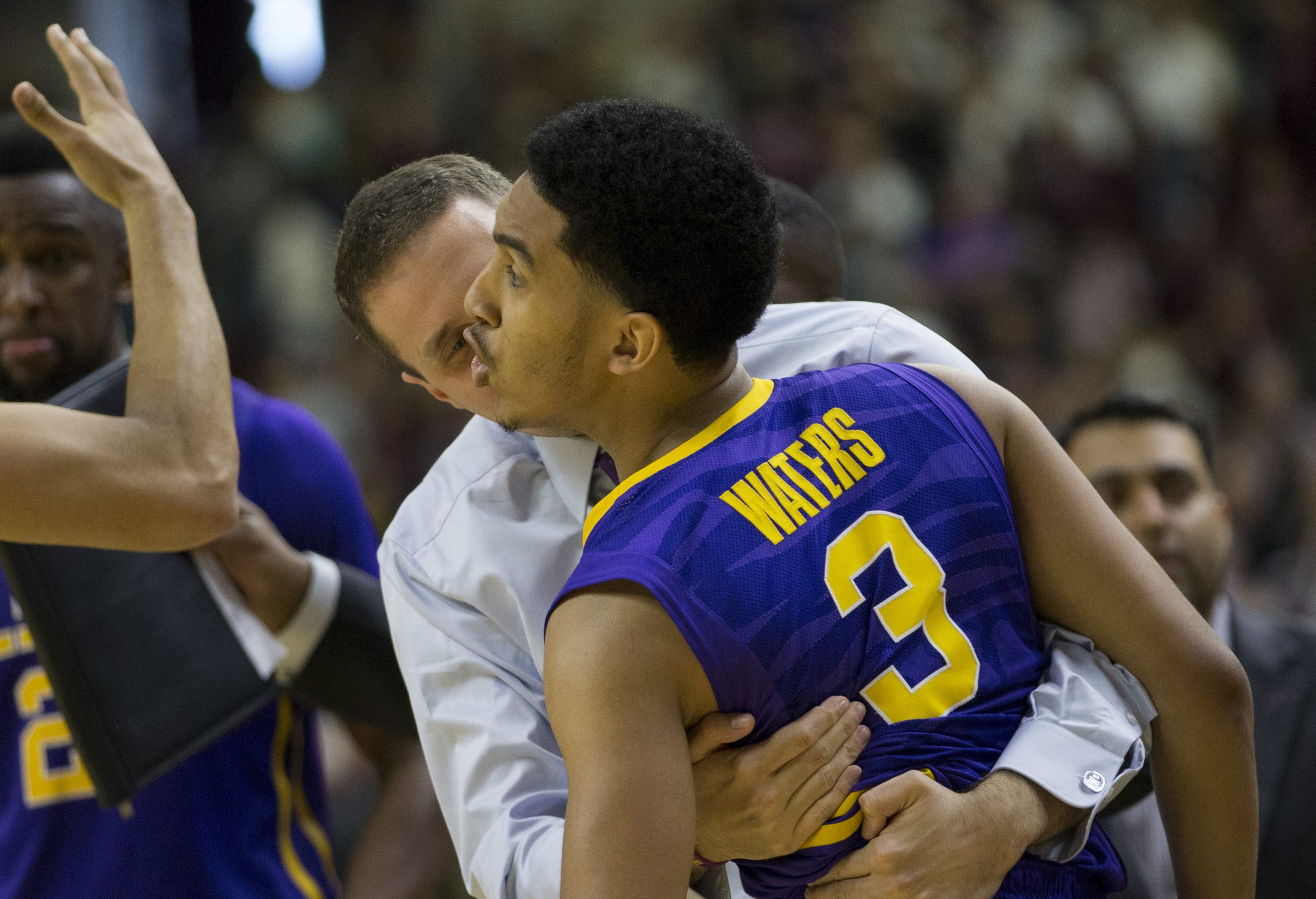 Duop Reath leads LSU over Texas A&M 77-65