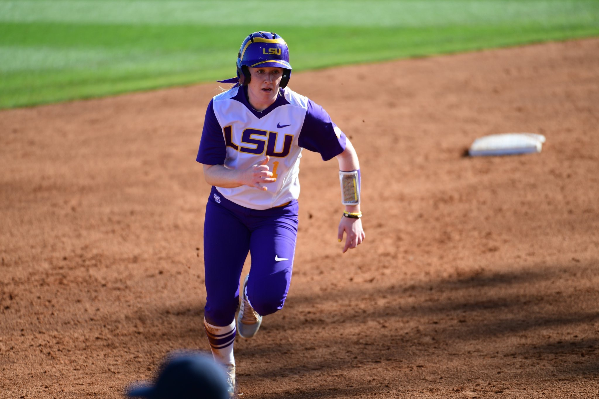 Softball drops series vs. Florida in Gainesville