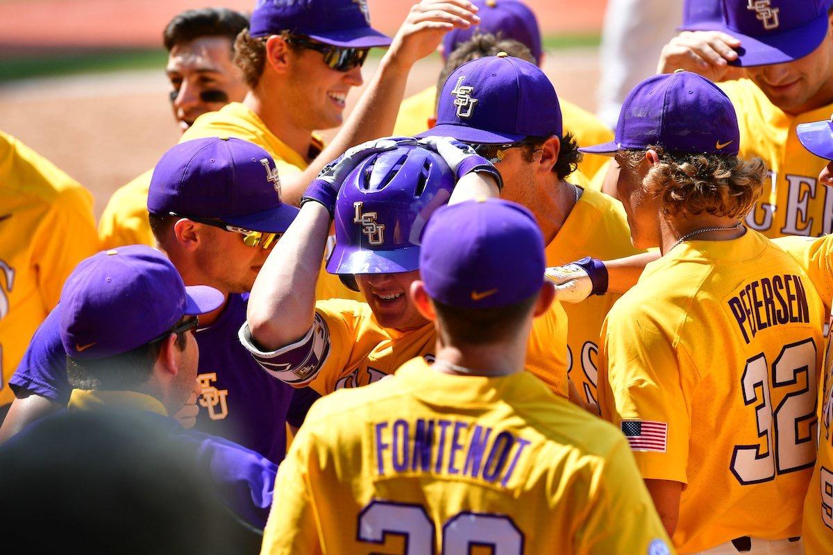 Baseball captures must-win series vs. Alabama