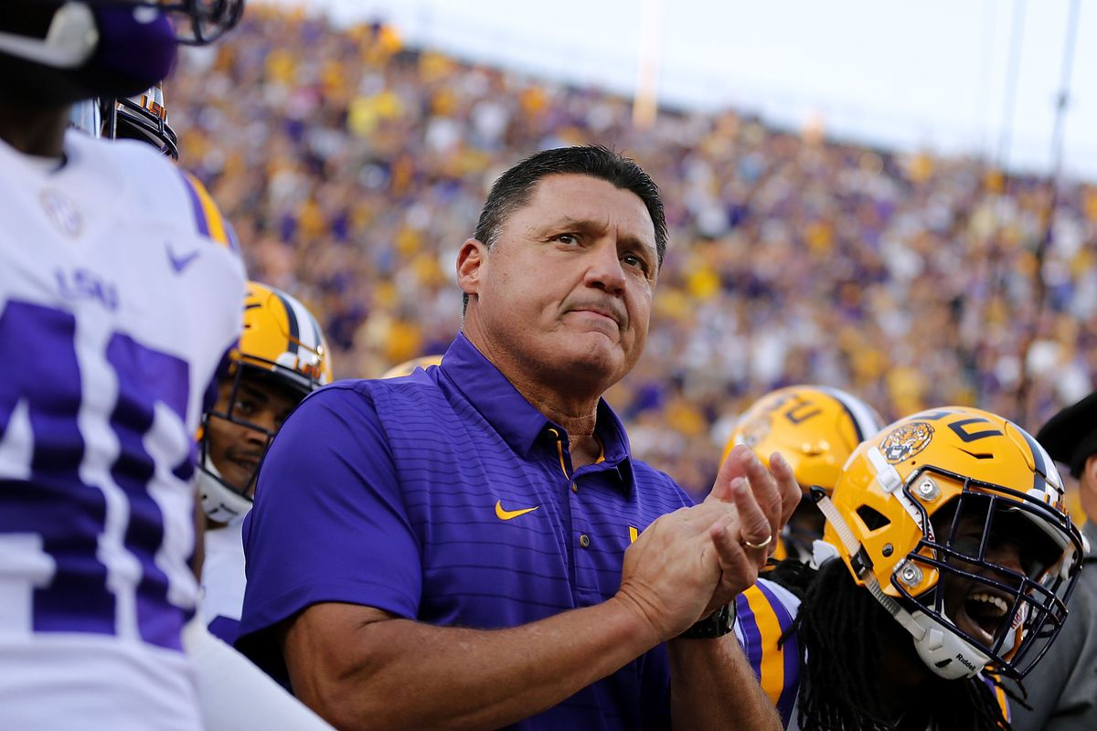 Ed Orgeron comments on Joe Burrow being starter