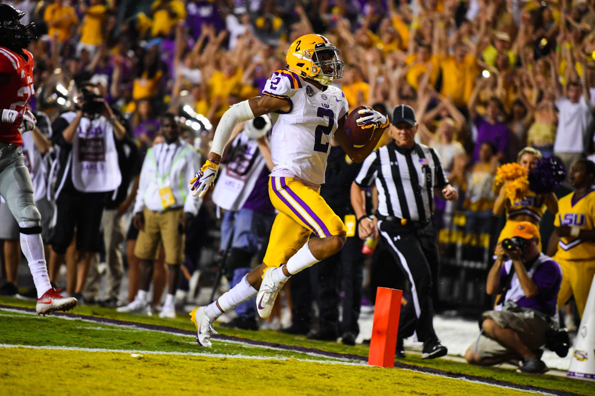 LSU, Joe Burrow power past Ole Miss, 45-16