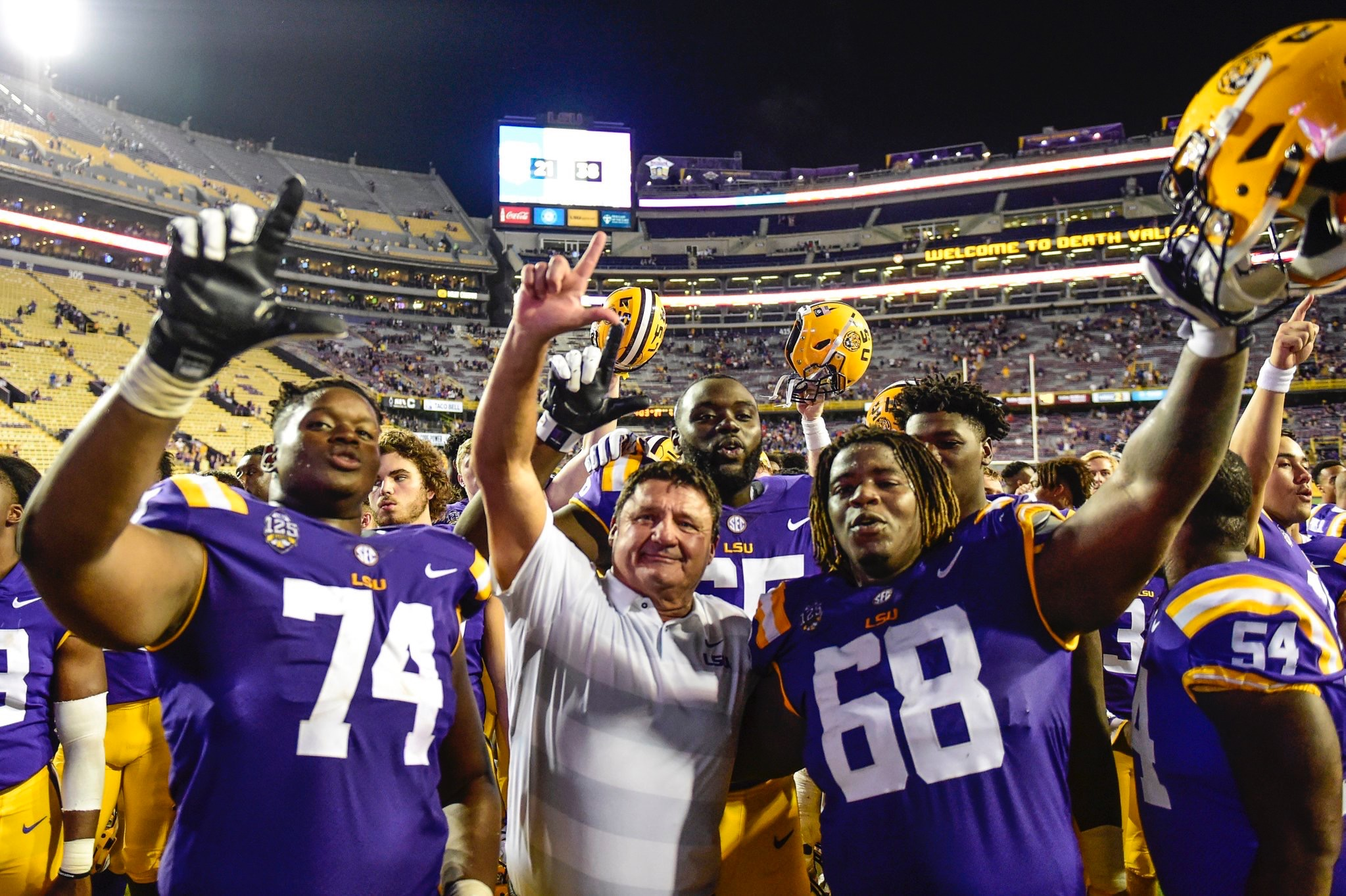 LSU jumps one spot to No. 5 in latest AP poll