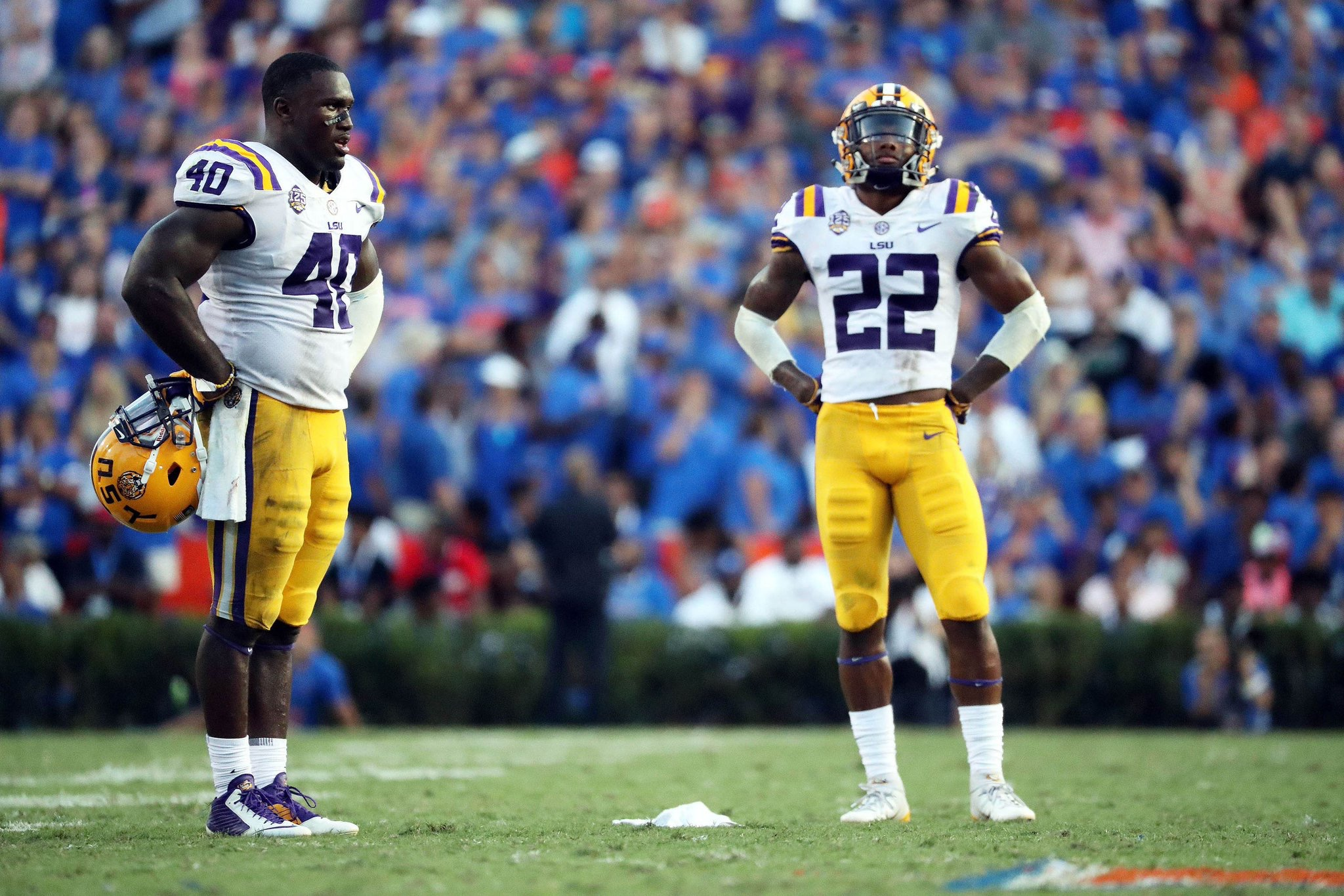 LSU drops to No. 13 in latest AP poll
