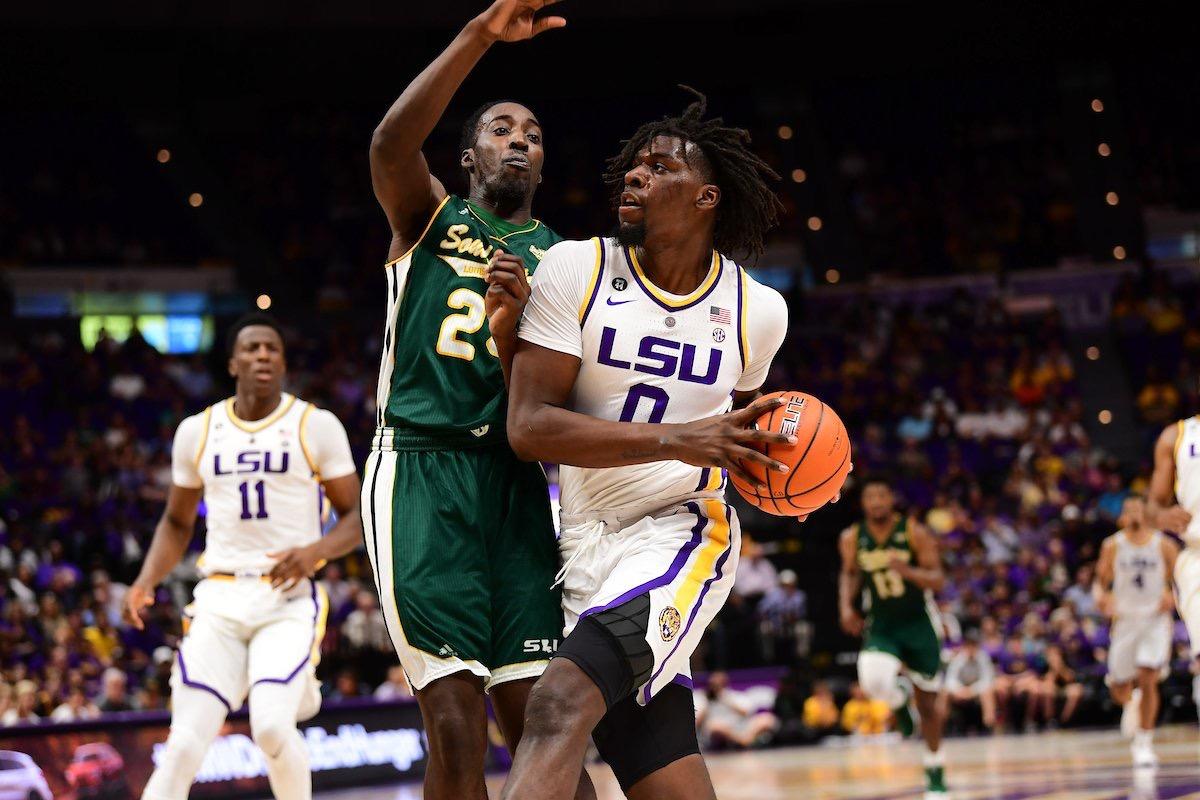 Basketball defeats Southeastern, 94-63