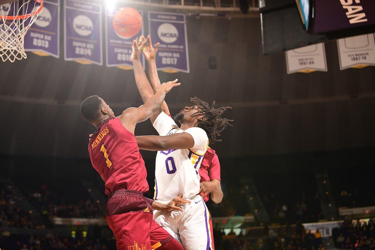 Basketball notches tenth win vs. Louisiana Monroe