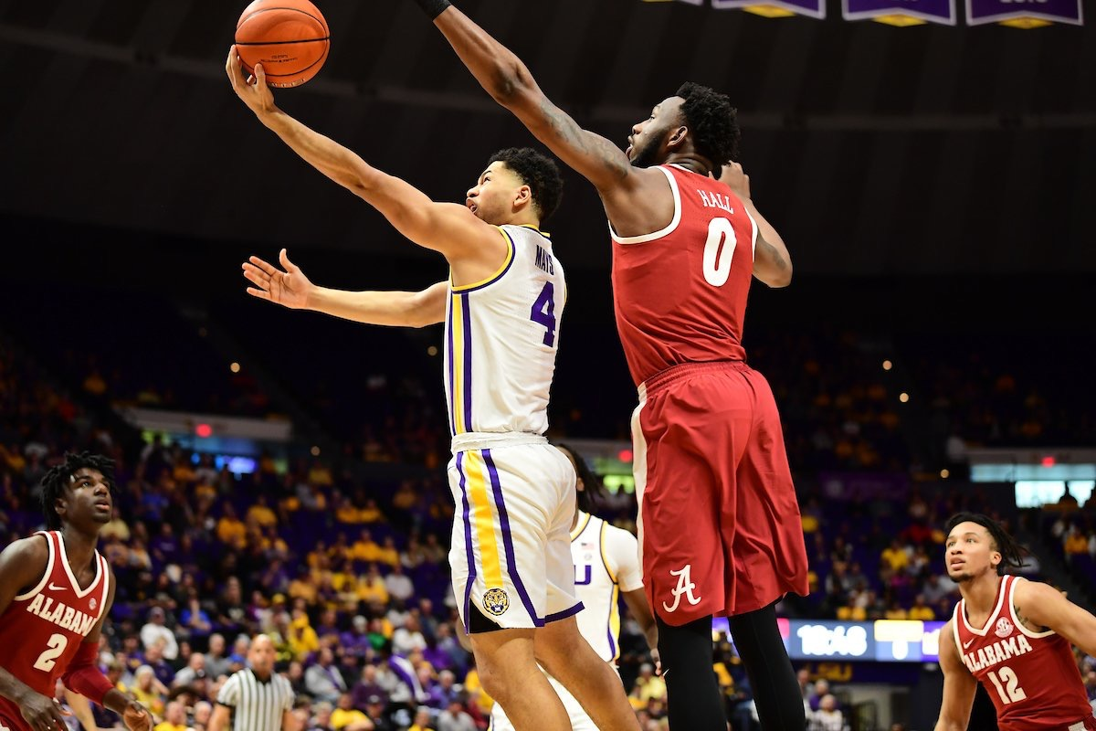 Basketball holds off Alabama in SEC opener, 88-79