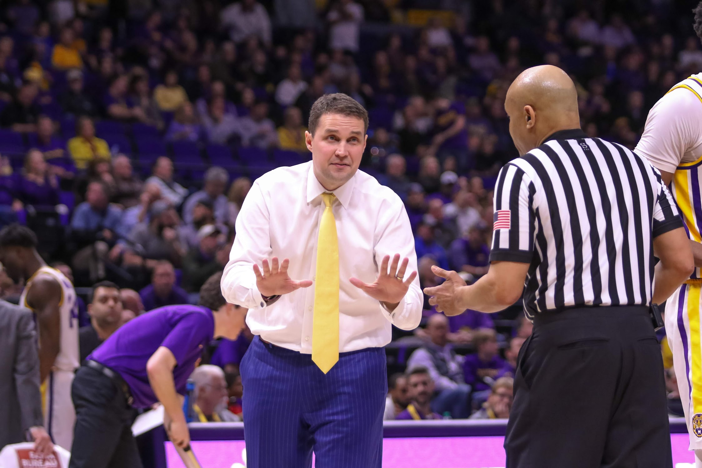 Miscues cost No. 13 LSU at home vs. Florida