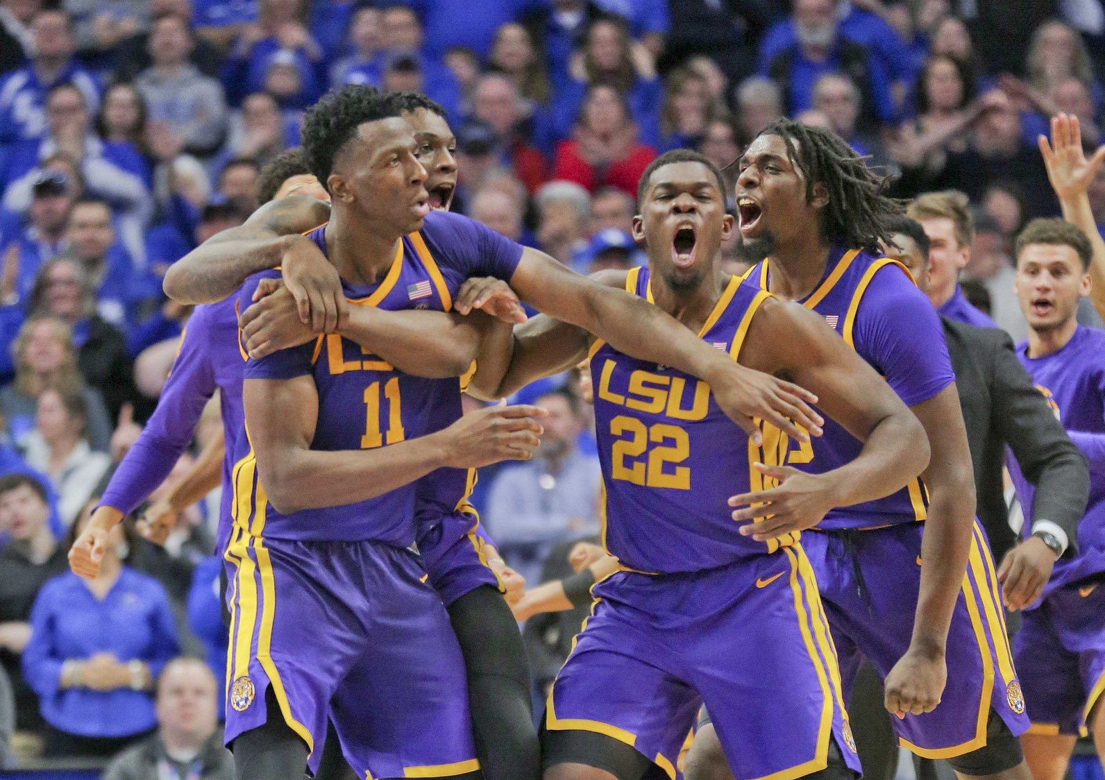 LSU stuns No. 5 Kentucky at the buzzer