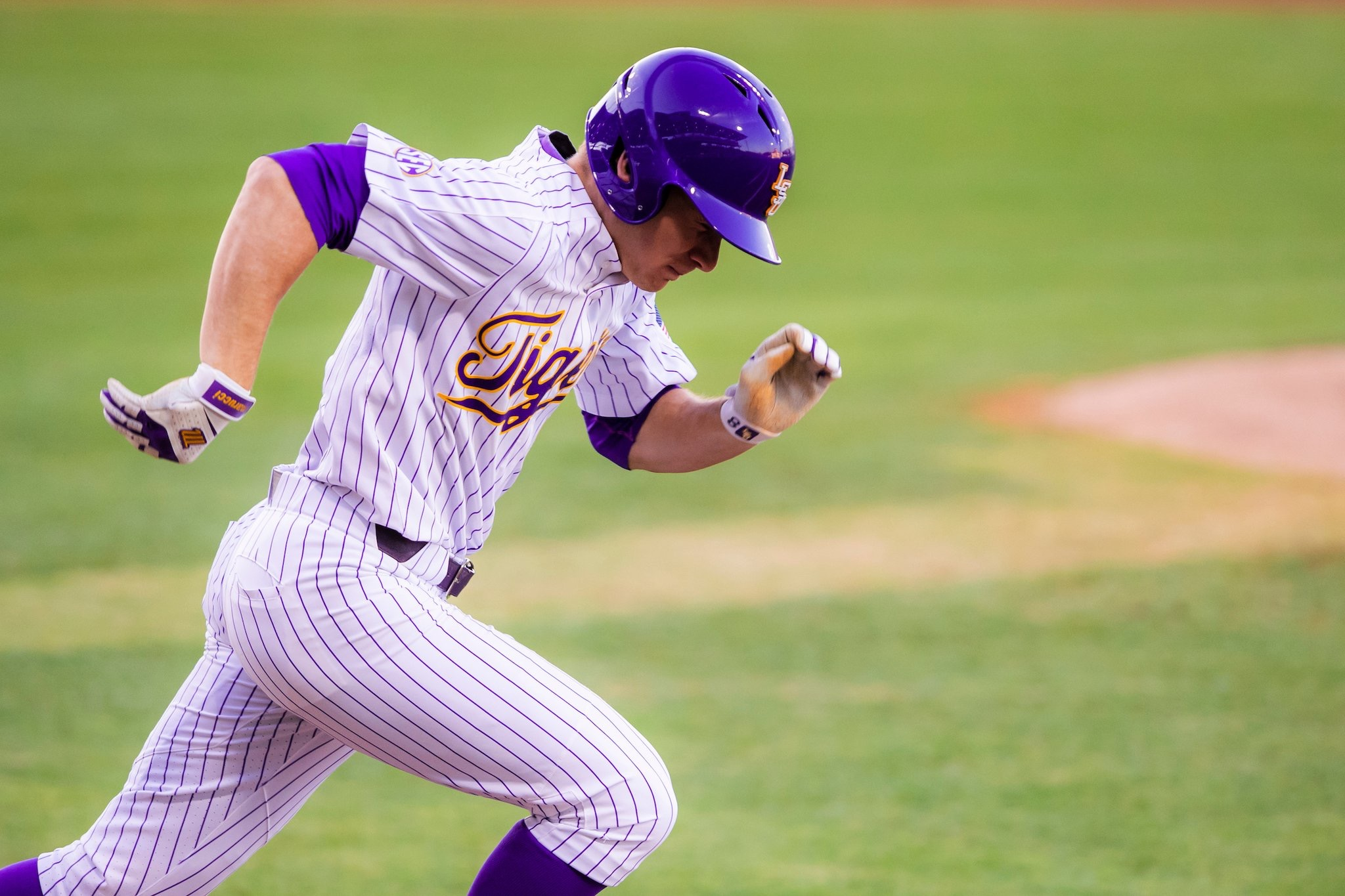 LSU moves up in this week's College Baseball polls