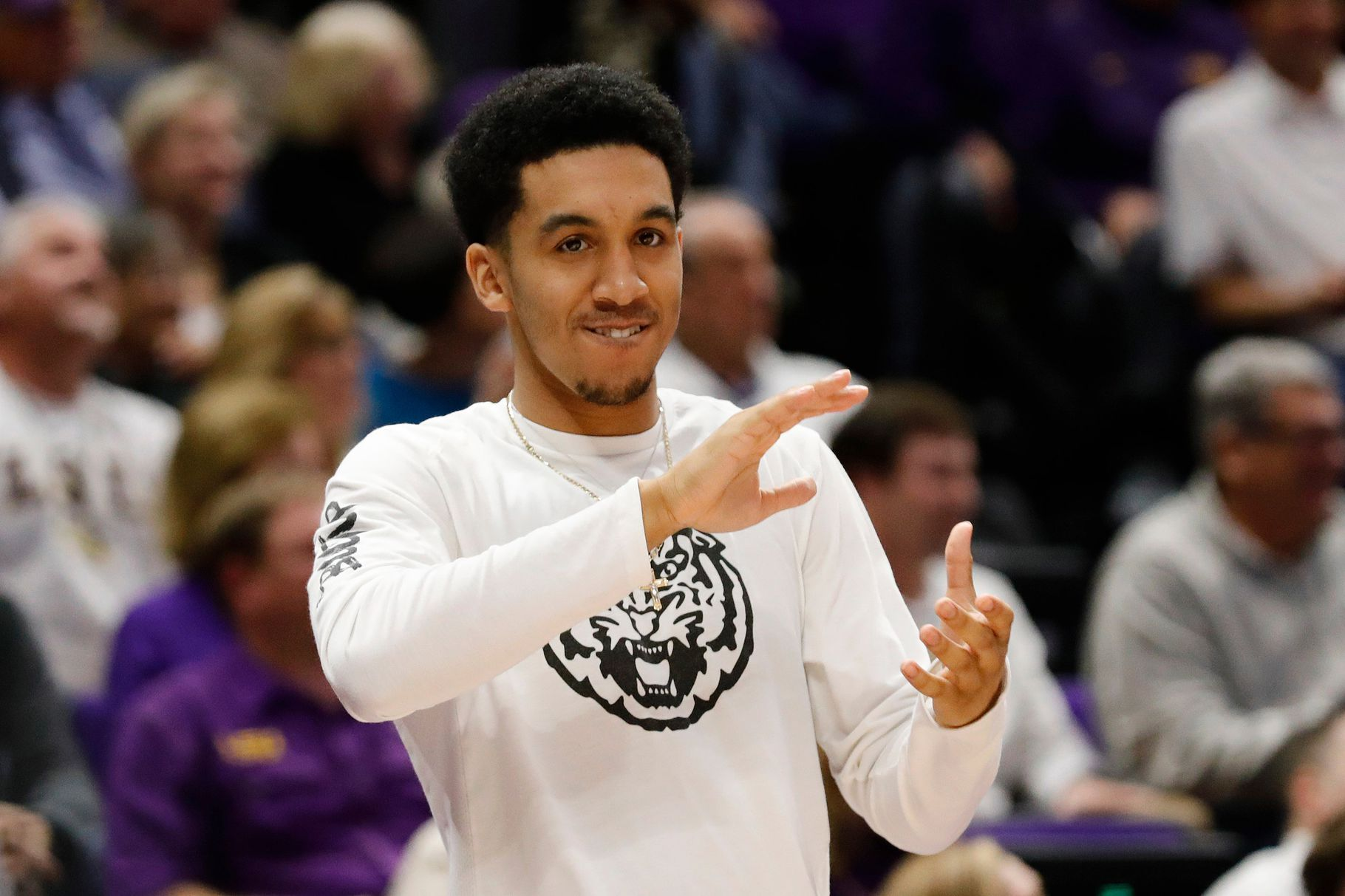 LSU's Tremont Waters declares for NBA Draft