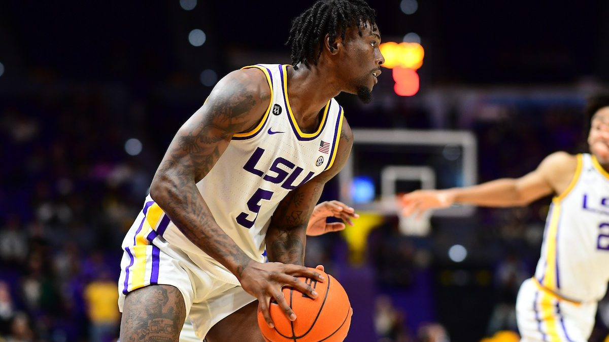 LSU routs New Orleans 90-54 despite slow start