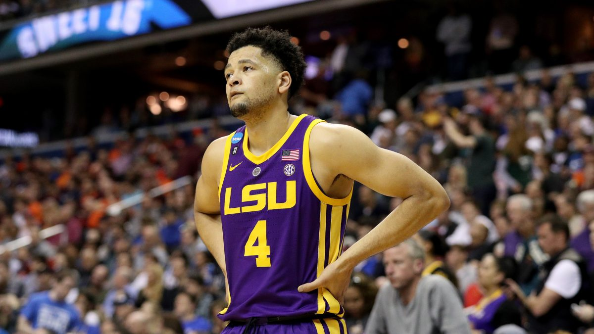 LSU suffers another late-game meltdown, falling to Auburn in overtime