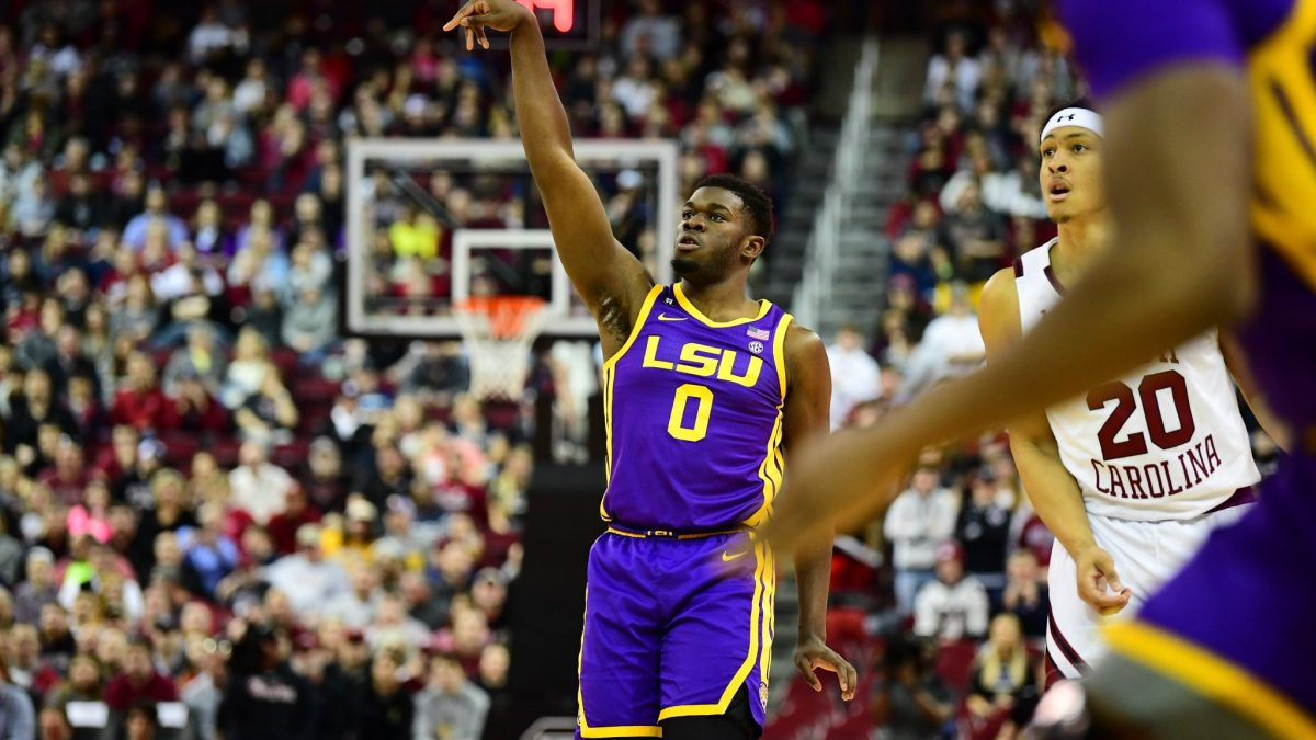 LSU secures much-needed road win over South Carolina, 86-80