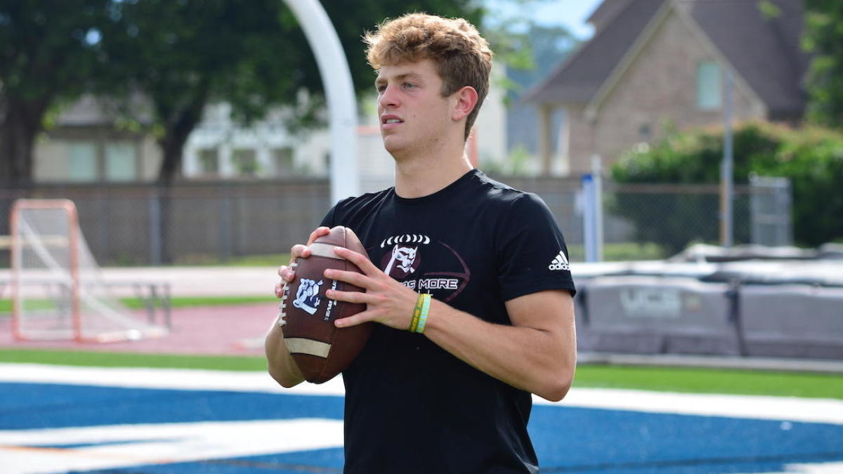 Four-star 2020 quarterback Walker Howard out of St. Thomas More commits to LSU