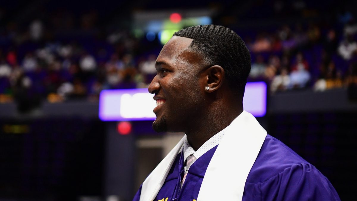 Devin White earns degree from LSU